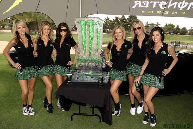 monsterEnergyGolf