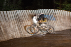 dakine-trailfox-2013-flims-night-trail-wallride